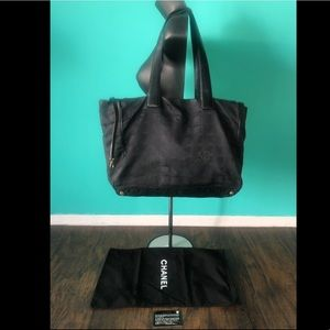Chanel serial#8098155 tote travel collection